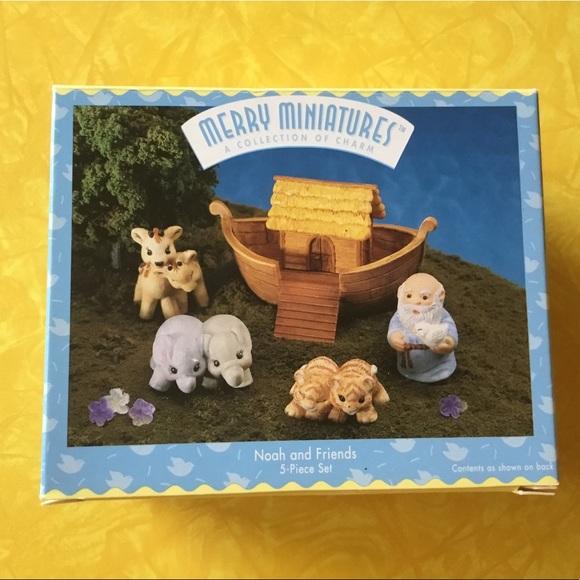 Hallmark Merry Miniatures, Noah and Friends. NIB